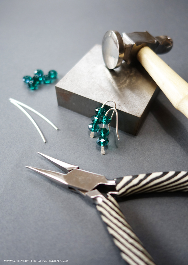 Emerald wire earring by oheverythinghandmade.com-00