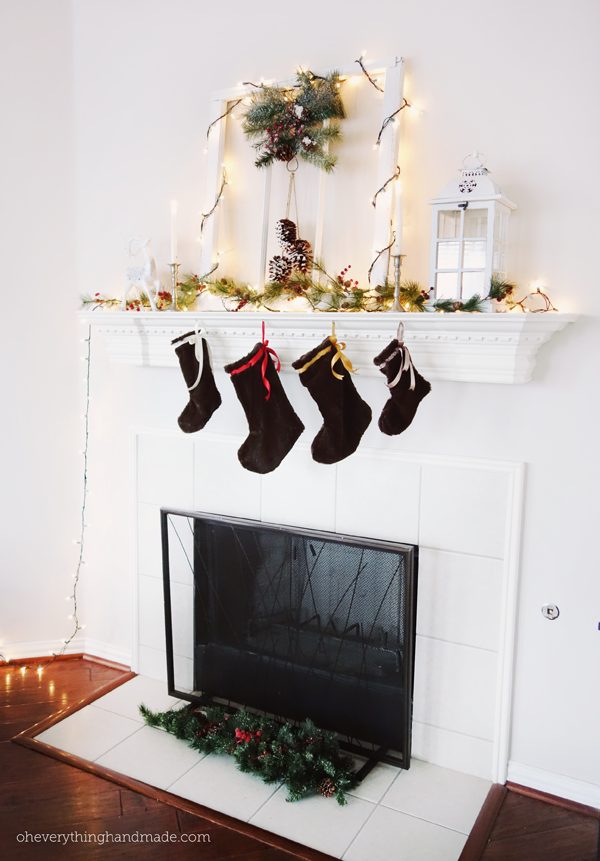 FireplaceChristmasDecor