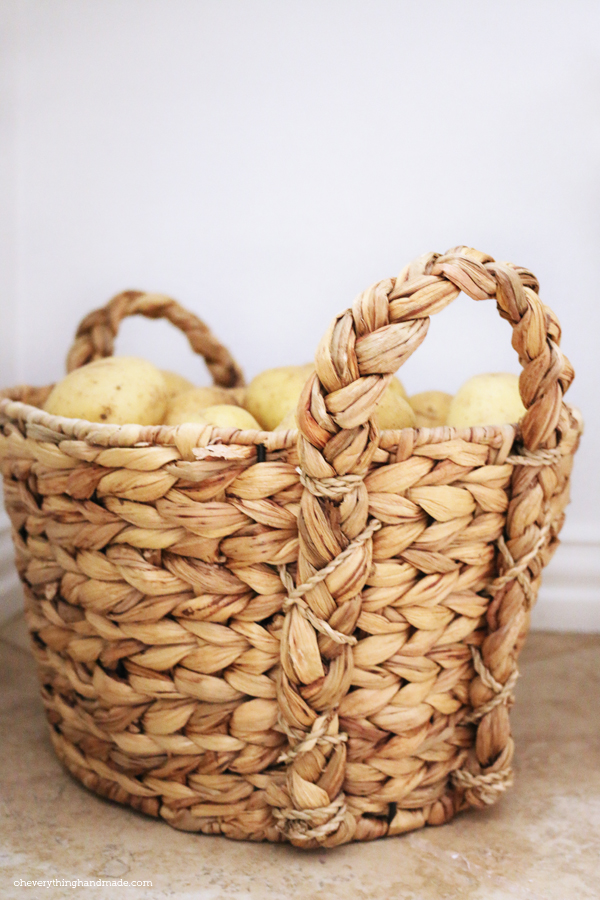 Basket for the potatoes