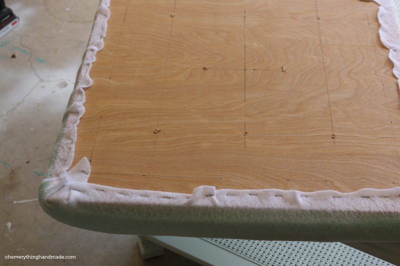 Upholstered Coffee Table stey by step4