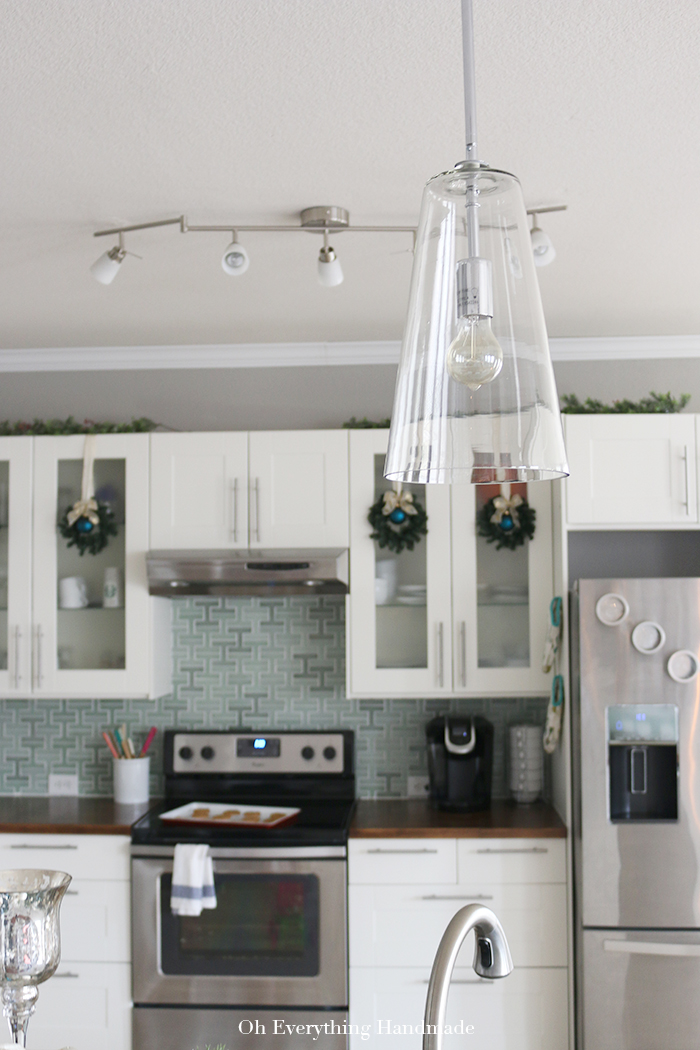 Christmas Home tour by OhEverythingHandmade with KenroyHome4