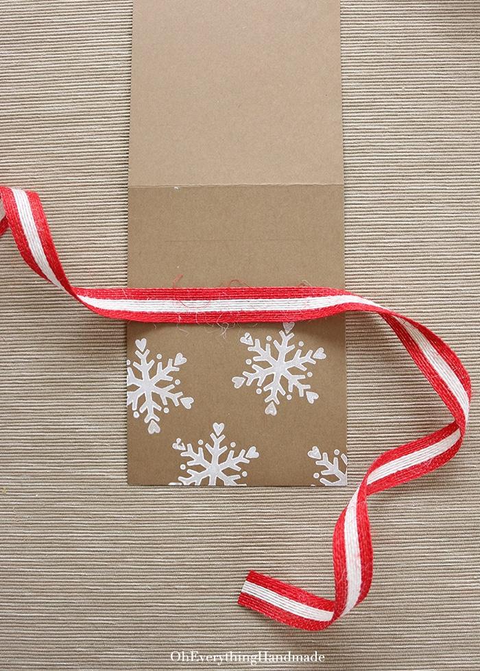 Ribbon Bow Christmas Card - mark Callgraphy area