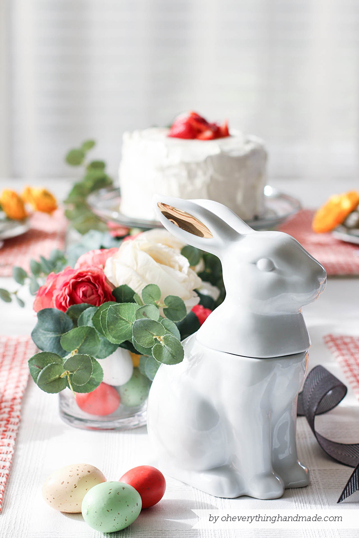 Floral Easter Table Setting - Easter bunny decor
