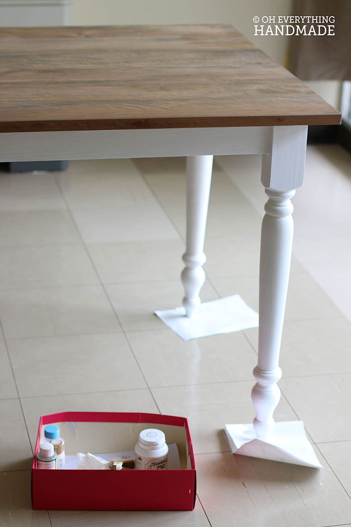 Dining Table with Apron - Corner brackets-Leg painting
