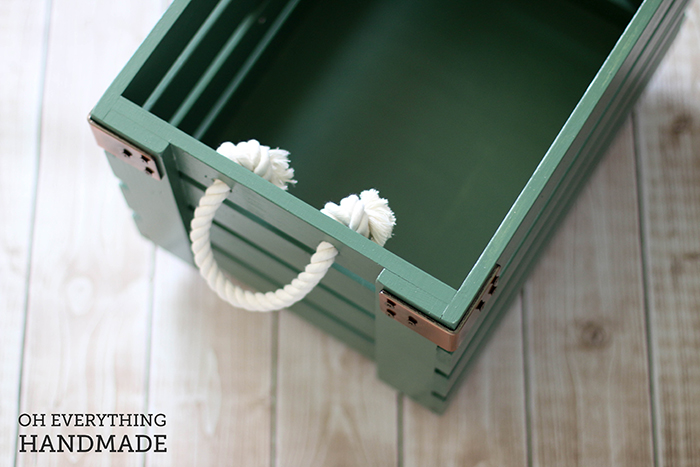 Toy Crate on Wheels - Empty Crate