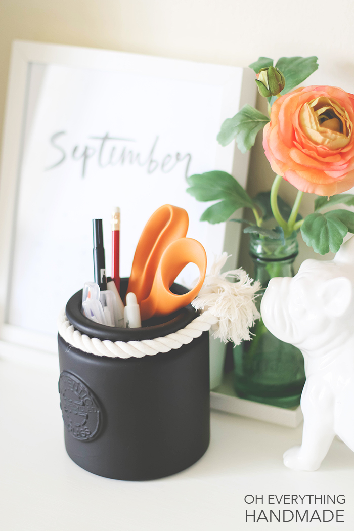 chalkboard painted glass jar - Attach cotton rope for details