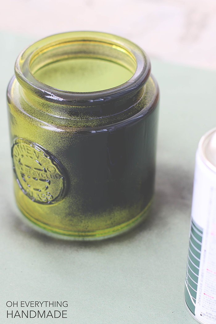 chalkboard painted glass jar - spraying the glass jar