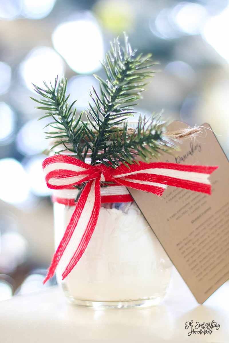10 Mason Jar Gift Ideas - Christmas