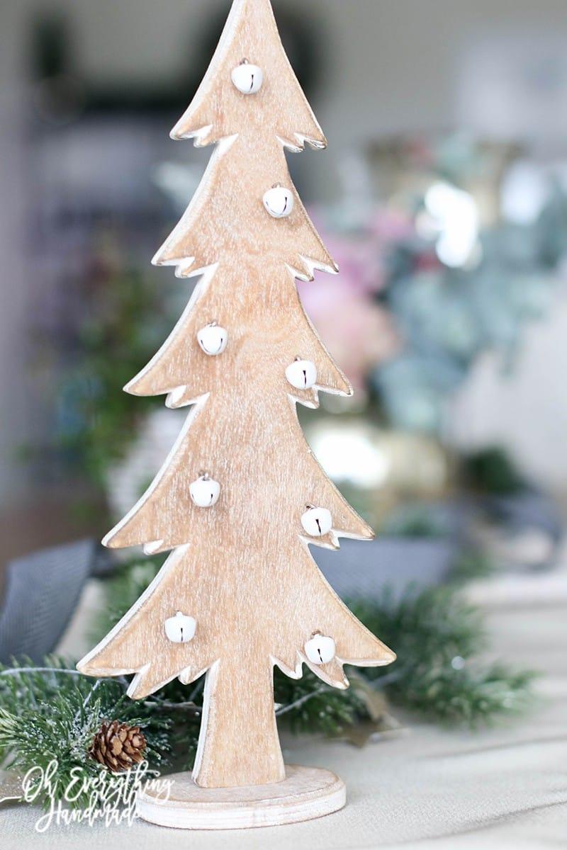 Christmas Table Blog Hop 2015 - oheverythinghandmade - wooden Christmas Tree decor