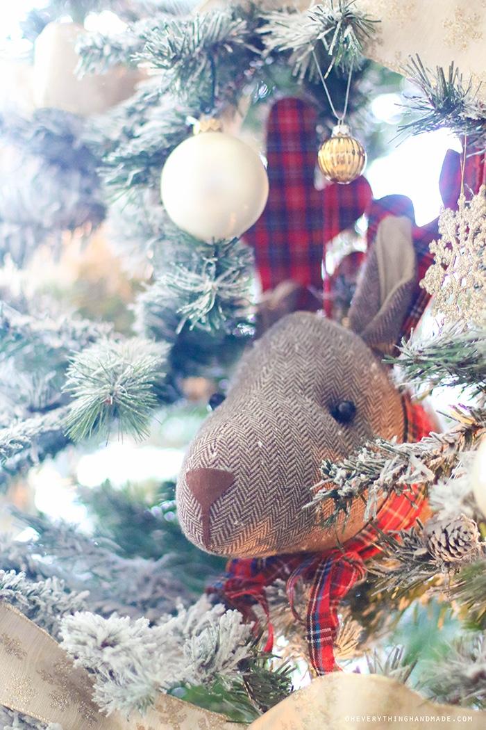 Christmas Tree & Home tour 2015-11