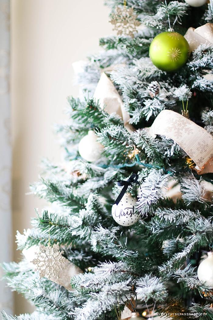 Christmas Tree & Home tour 2015-14