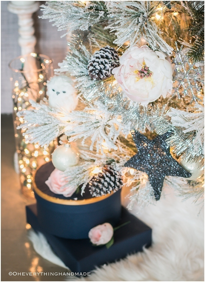 christmas-home-tour-2016-oh-everything-handmade-christmas-tree5
