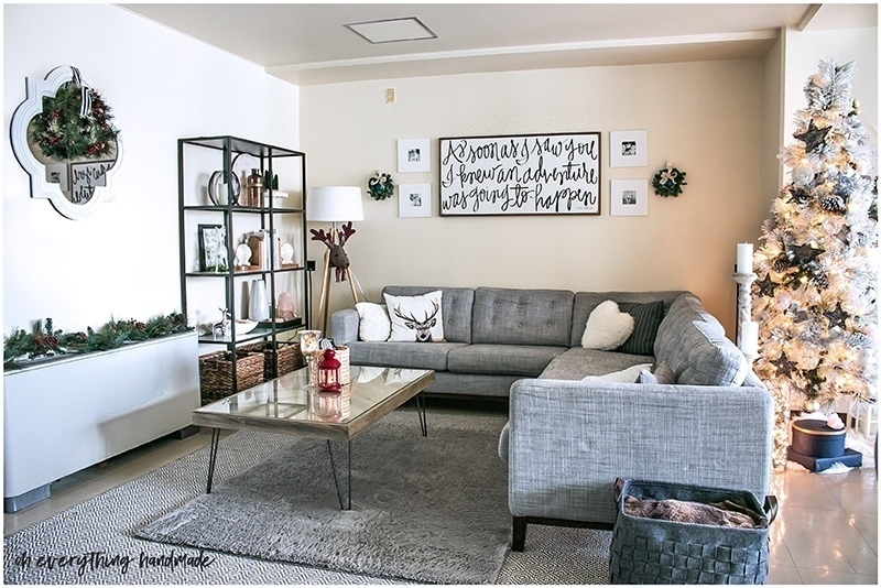 christmas-home-tour-2016-oh-everything-handmade-livingroom