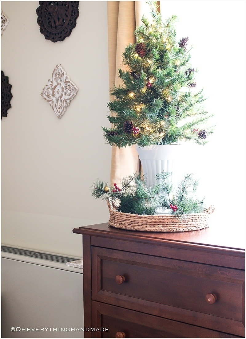 Christmas Bedroom Home tour - OEH3