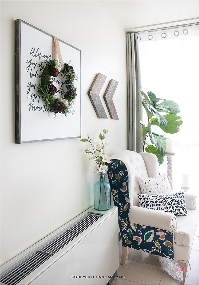 Succulent Wreath DIY - Indoor succulent wreath decor sideview2