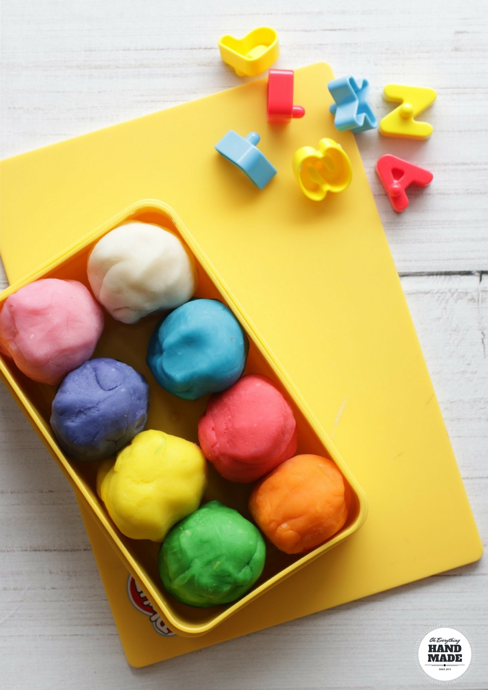 DIY Essential Oil Infused Play-Dough